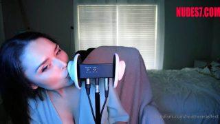 HeatheredEffect ASMR OnlyFans Kissing & Licking Short Video