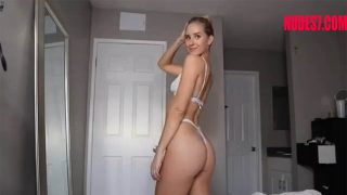 Caroline Zalog Nude Tease Twerk Youtuber Nude Leaked